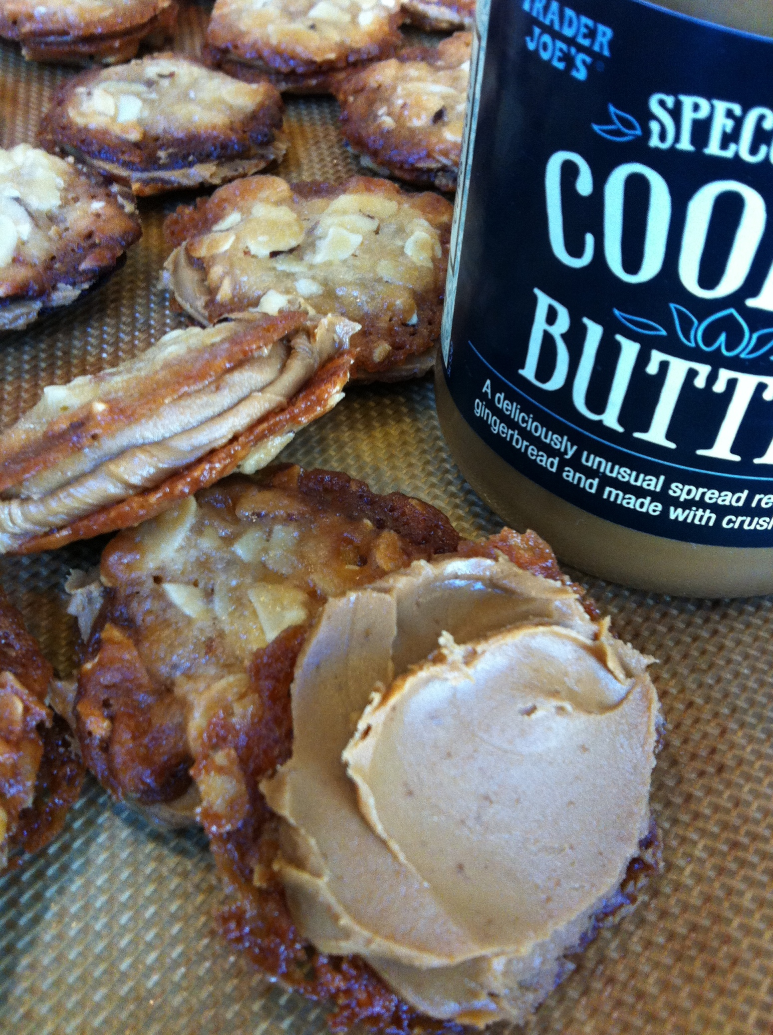 Almond Florentines filled with Gingerbread Cookie Butter